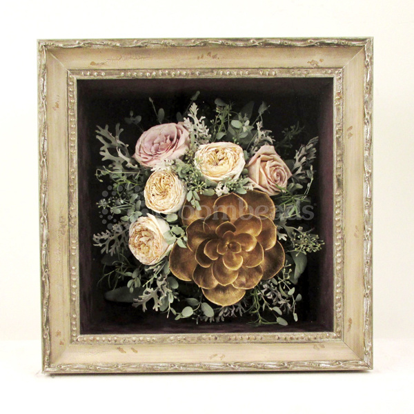 Preserved Gold Succulent & David Austin Roses